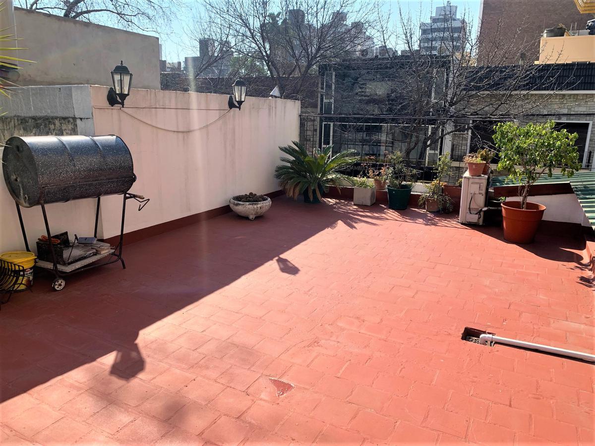 Foto Casa en Venta en  Macrocentro,  Rosario  San Lorenzo 2409