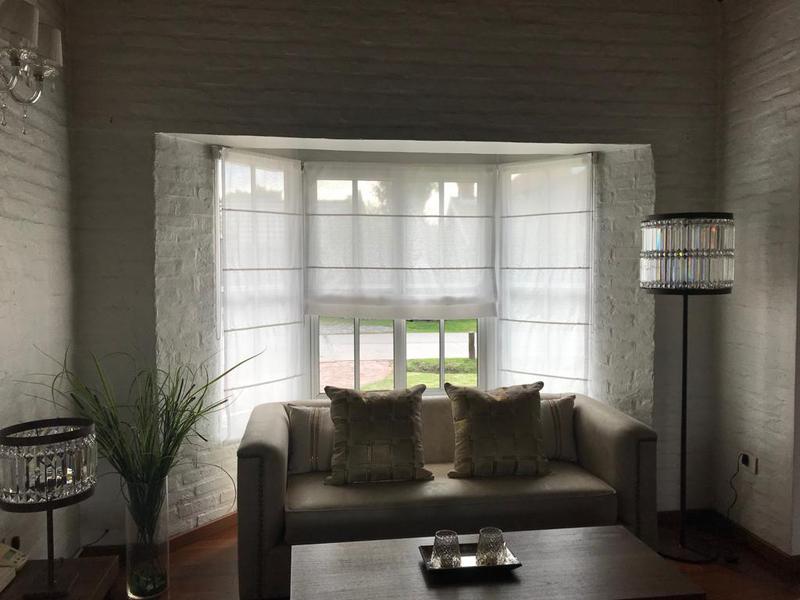 Foto Casa en Venta en  Esteban Echeverria ,  G.B.A. Zona Sur  Lote al 100