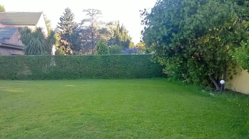 Foto Casa en Alquiler temporario en  Barrio Parque Leloir,  Ituzaingo  del Candil al 3500