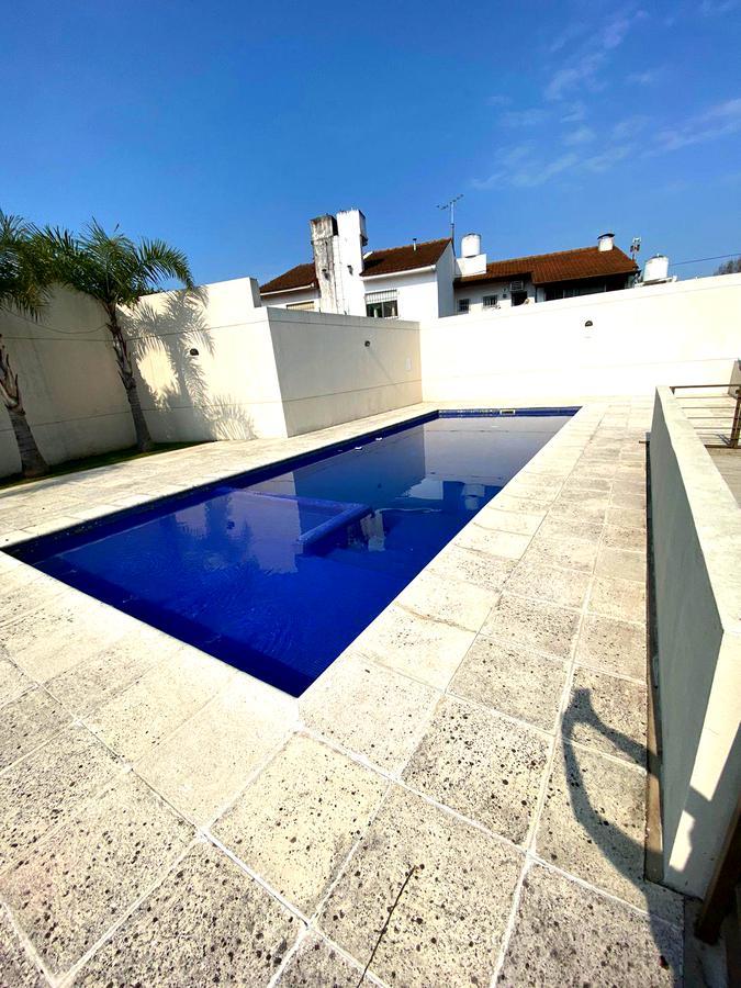 Foto Casa en Venta en  San Fernando ,  G.B.A. Zona Norte  Miguel Cane al 1300 - Complejo con SUM, pileta y seguridad!