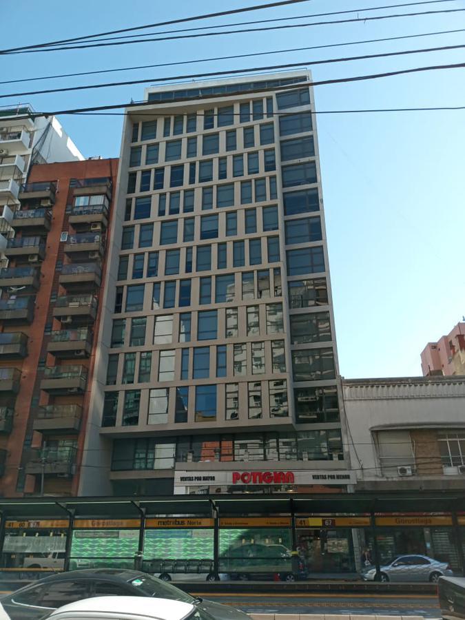 Foto Oficina en Alquiler en  Belgrano ,  Capital Federal  Alquiler Excelente Oficina, PIso Alto, con cochera en Cabildo al 600  Edificio de Categoria con SUM para comedor y terraza con vista al Rio!!!!!