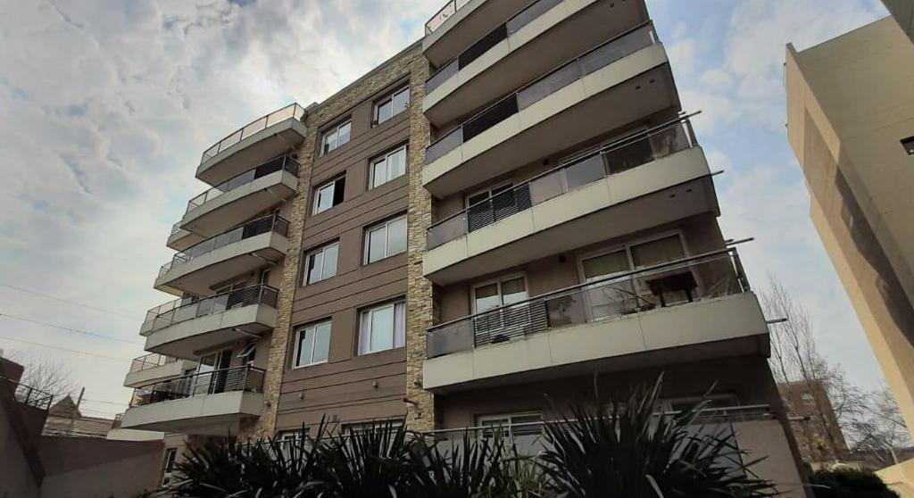 Foto Departamento en Venta en  Centro (Moreno),  Moreno  Blvd. Evita 185 y Rivadavia - Moreno