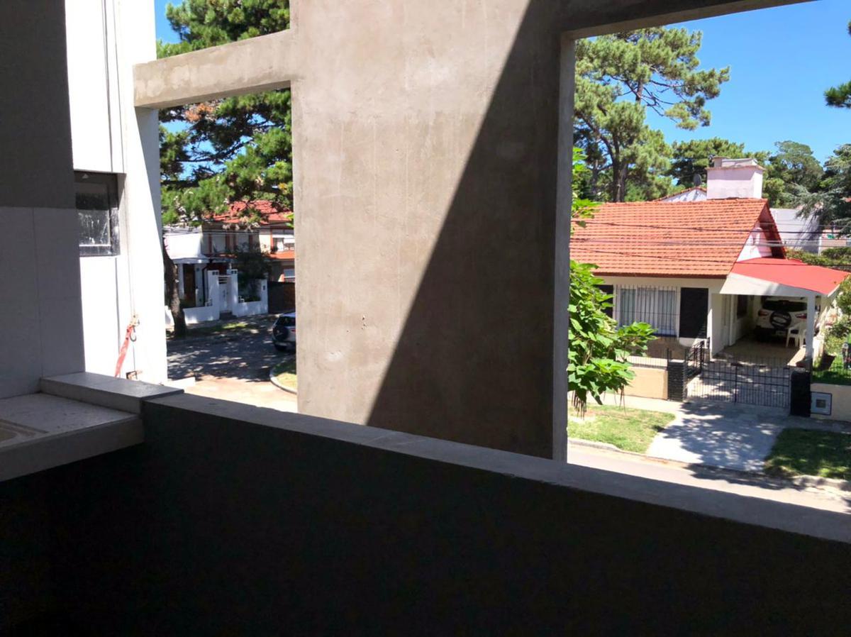 Foto Departamento en Venta en  San Bernardo Del Tuyu ,  Costa Atlantica  De La Reduccion y Santiago del Estero - 1° D