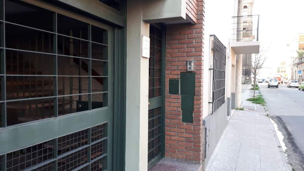 Foto Casa en Venta | Alquiler en  Sur,  Santa Fe  9 de julio 1411