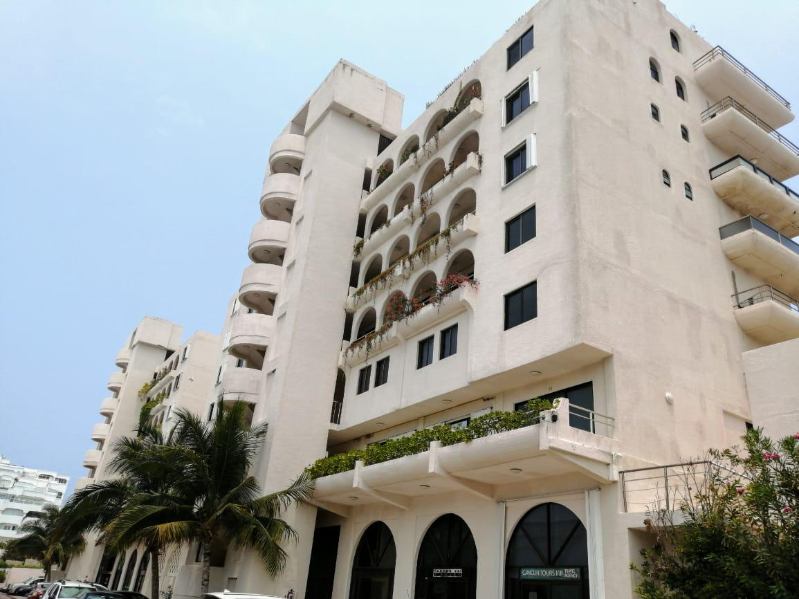 Foto Departamento en Venta en  Zona Hotelera,  Cancún  DEPARTAMENTO EN VENTA EN CANCUN EN ZONA HOTELERA VILLAS MARLIN