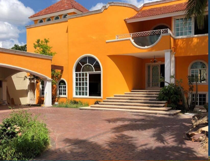 Foto Casa en Venta en  Fraccionamiento Montecristo,  Mérida  Bella y amplia Residencia al Norte de Merida