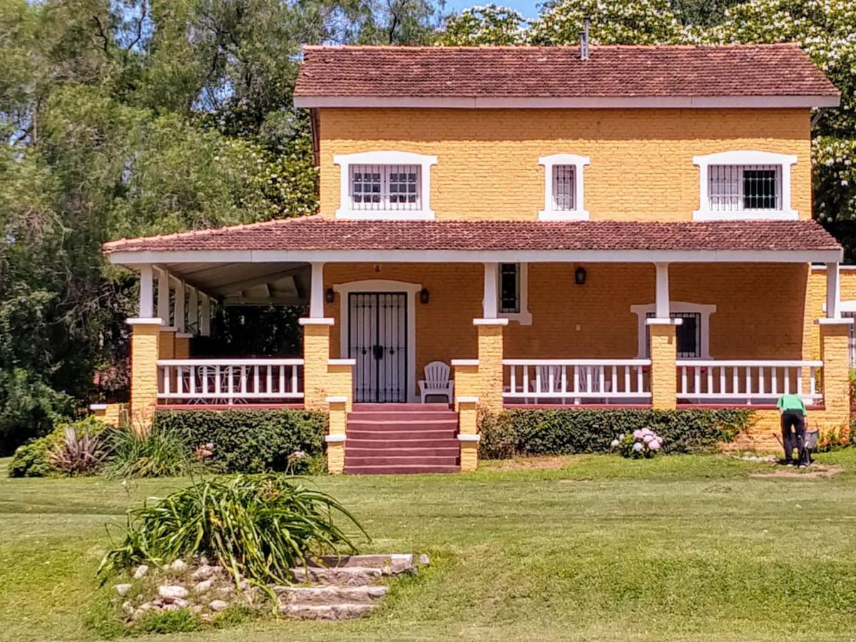 Foto Casa en Alquiler temporario en  Villa Allende,  Cordoba Capital  San Martín al 1400