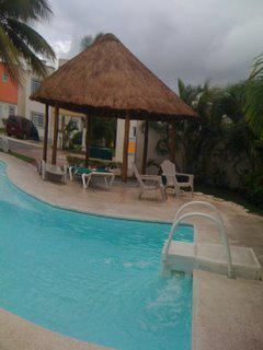 Foto Casa en condominio en Renta en  Jardines de Banampak,  Cancún  Jardines de Banampak