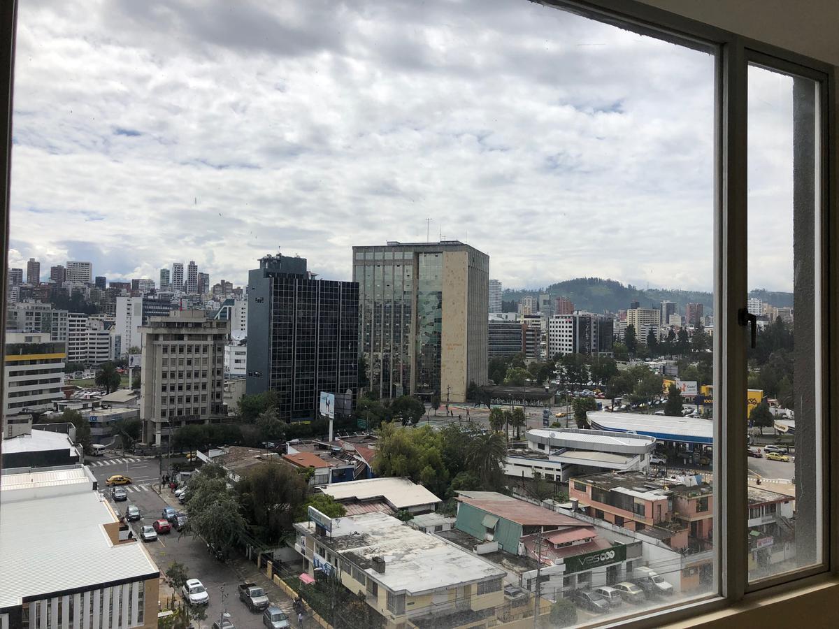 Foto Departamento en Venta en  Centro Norte,  Quito  Polonia y Rumania