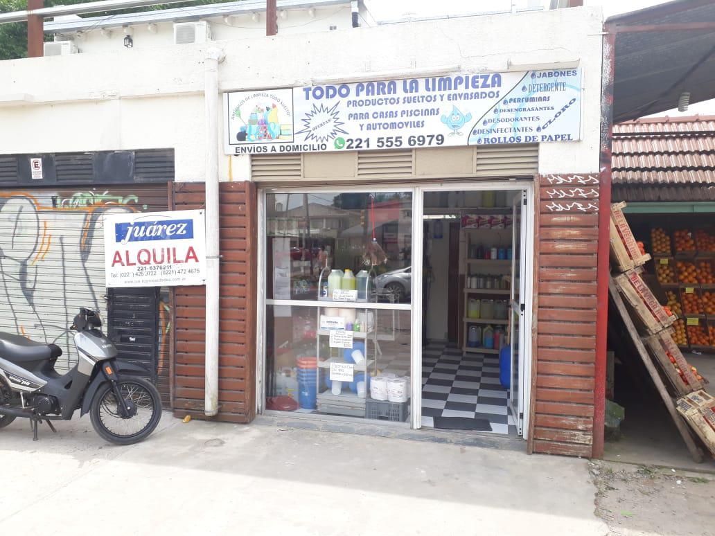Foto Local en Alquiler en  Manuel B Gonnet,  La Plata  Camino General Belgrano y 493