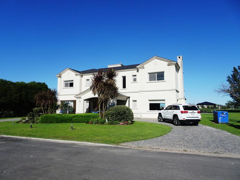 Foto Casa en Alquiler temporario en  San Eliseo Golf & Country,  Countries/B.Cerrado (San Vicente)  SAN ELISEO lotes. 435 y 436 - ALQUILER POR TEMPORADA 2020