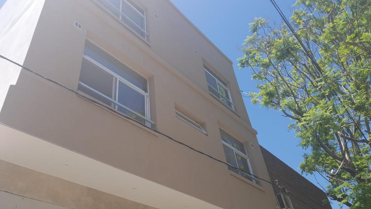 Foto Departamento en Alquiler en  La Plata ,  G.B.A. Zona Sur  25 y 42