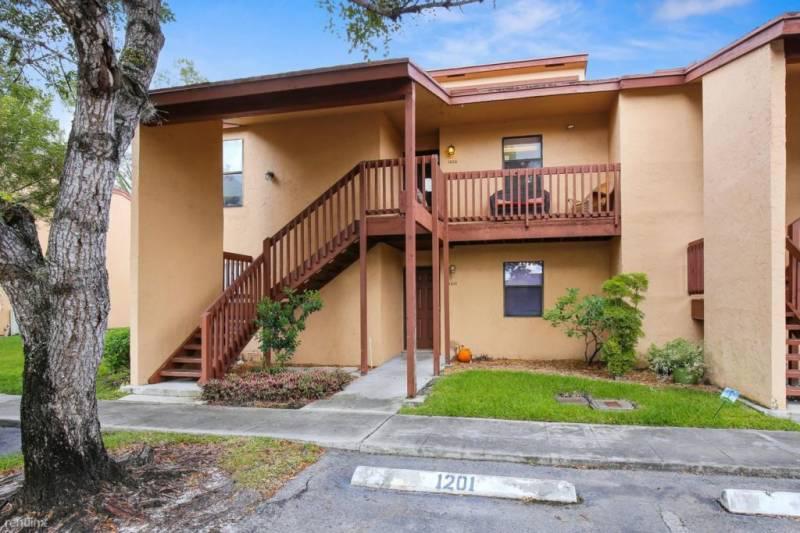 Foto Departamento en Venta en  Miami-dade ,  Florida  1312 Lakeview Drive, Royal Palm Beach, West Palm Beach,  Estados Unidos