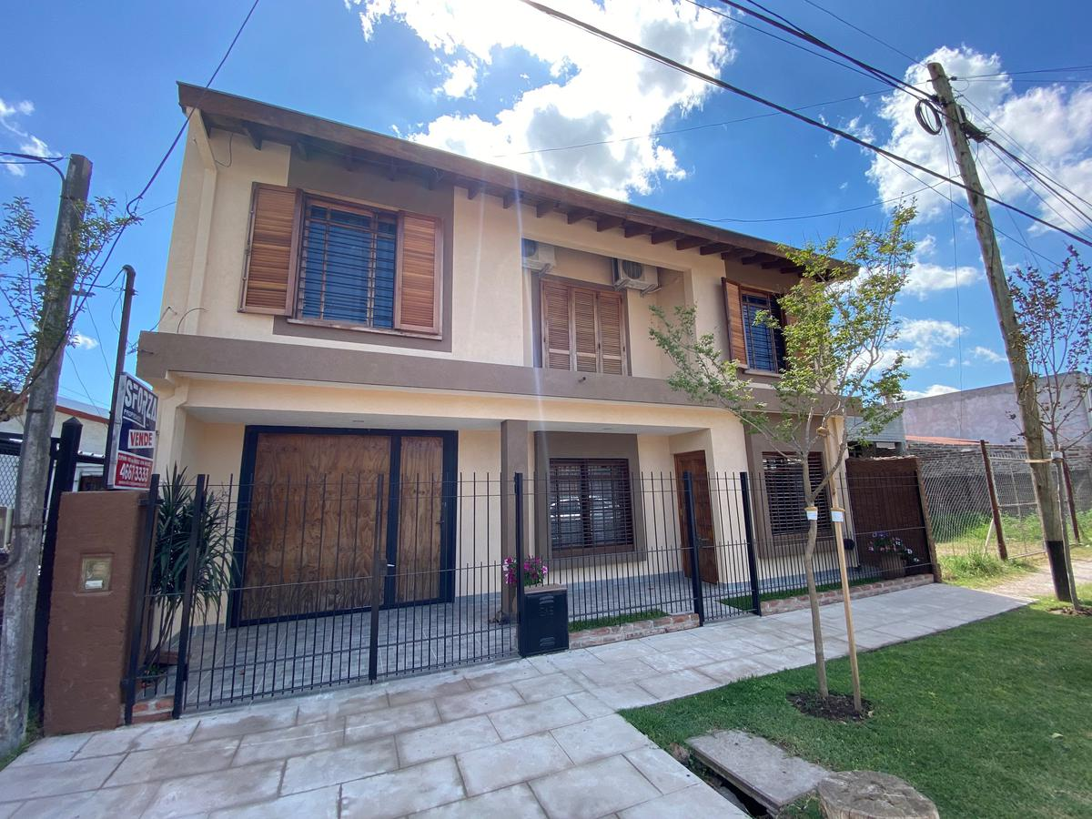 Foto Casa en Venta en  Jose Clemente Paz ,  G.B.A. Zona Norte  triunvirato 88