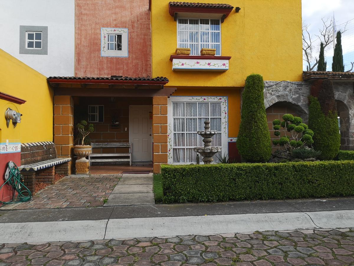 Foto Casa en condominio en Renta en  Hacienda del Valle,  Toluca  Hacienda del valle 2