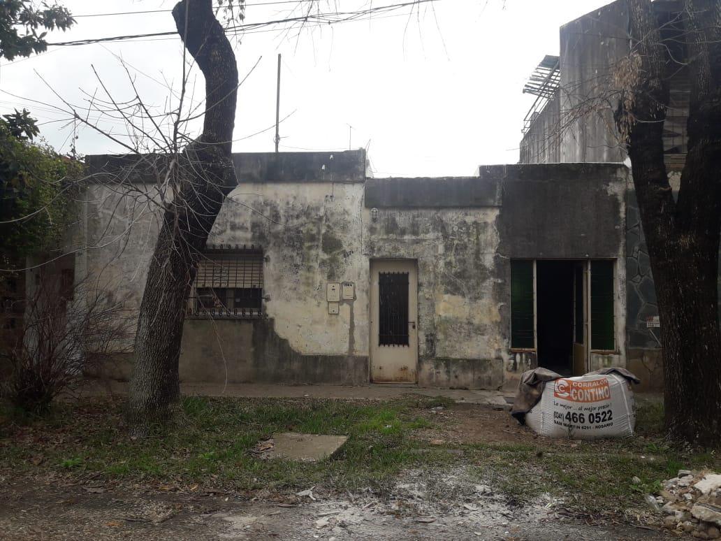 Foto Casa en Venta en  Rosario,  Rosario          GUTIERREZ 1574   -RECICLAR