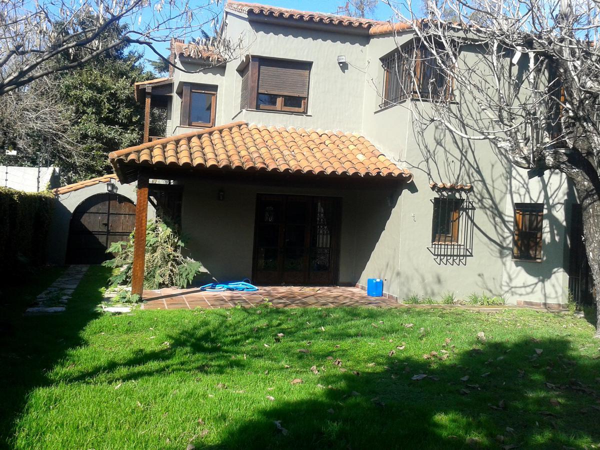 Foto Casa en Alquiler en  Mart.-Vias/Libert.,  Martinez  Sarmiento al 400