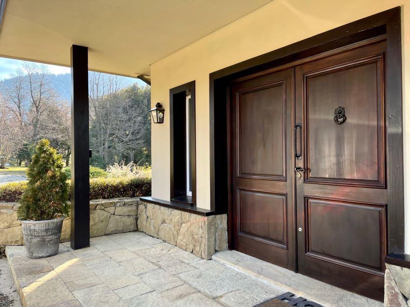 Foto Casa en Venta en  Arelauquen,  Bariloche  Arelauquen