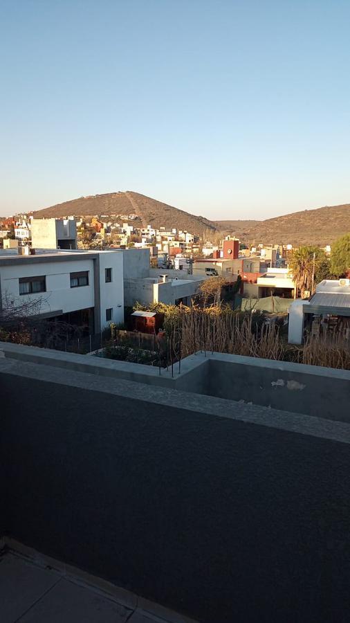 Foto Casa en Venta en   La Estanzuela,  La Calera  CASA EN VENTA LA ESTANZUELA I LA CALERA