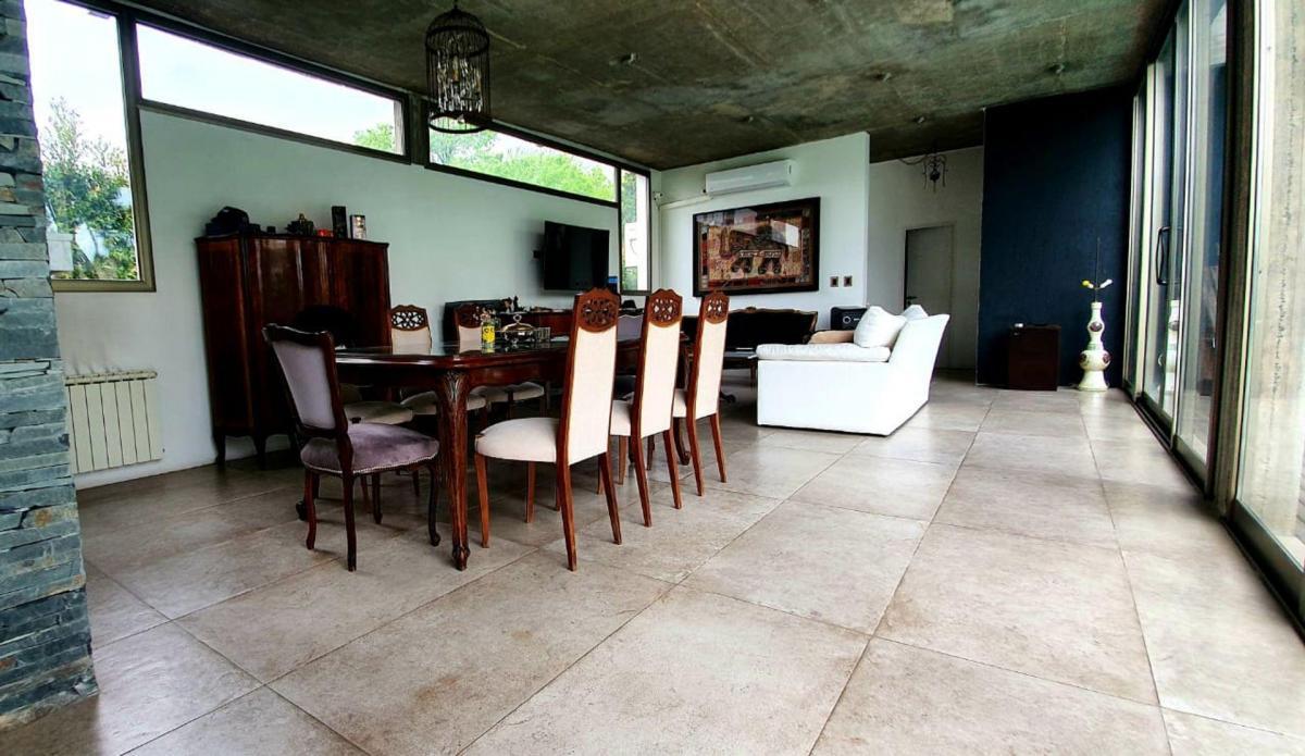 Foto Casa en Alquiler temporario en  Las Magnolias,  Countries/B.Cerrado (Malvinas)  Alejandro Vitale 400, Los Polvorines, Malvinas Argentinas