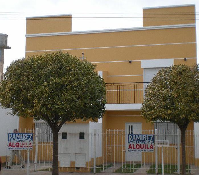 Foto Casa en Alquiler en  Gualeguaychu,  Gualeguaychu  Magnasco Nº al 742