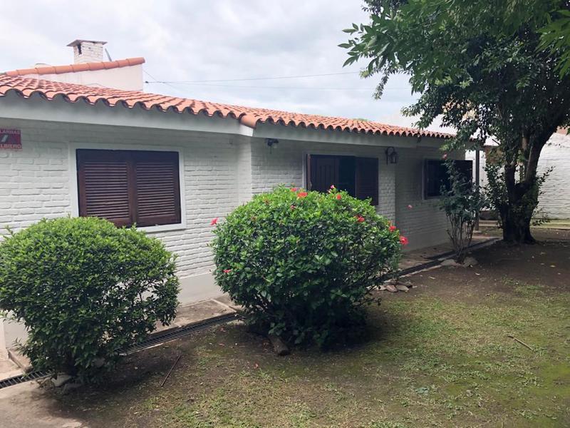 Foto Casa en Alquiler en  Yerba Buena ,  Tucumán  Brasil al 1000