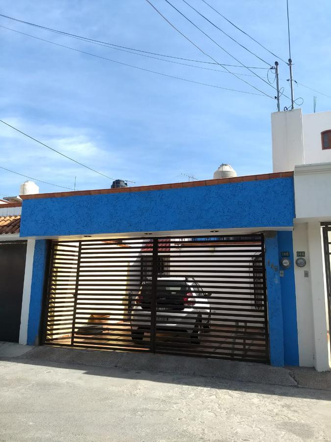 Foto Casa en Venta en  San Luis Potosí ,  San luis Potosí  CASA EN PRIVADA LAS HUERTAS, SAN LUIS POTOSI