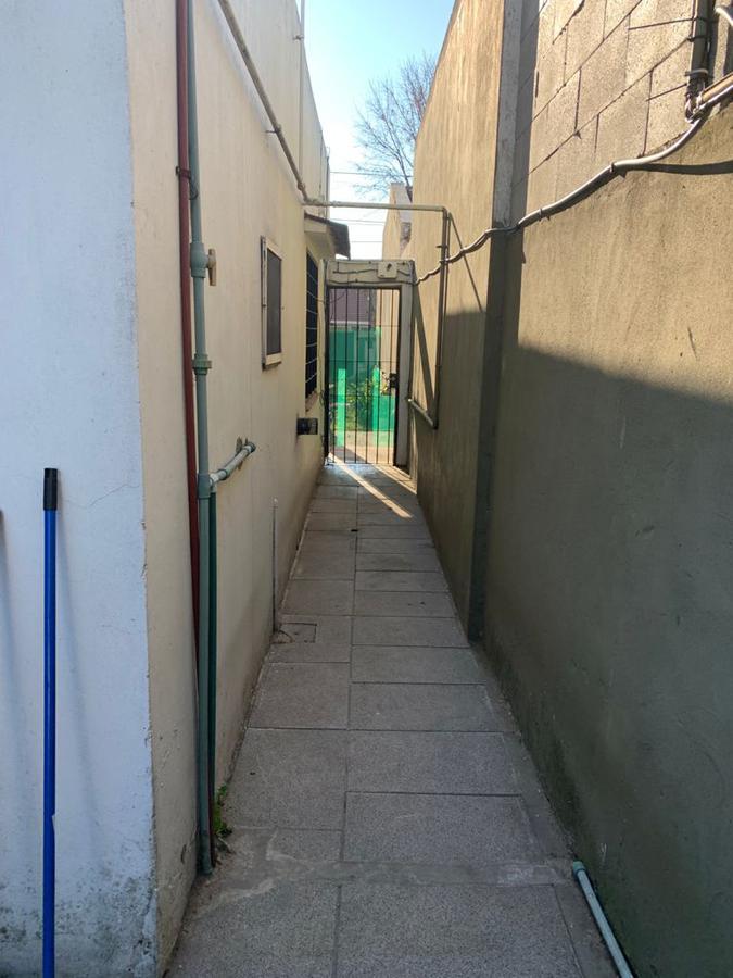 Foto Casa en Venta en  Adrogue,  Almirante Brown  Jorge 1070 Adrogue