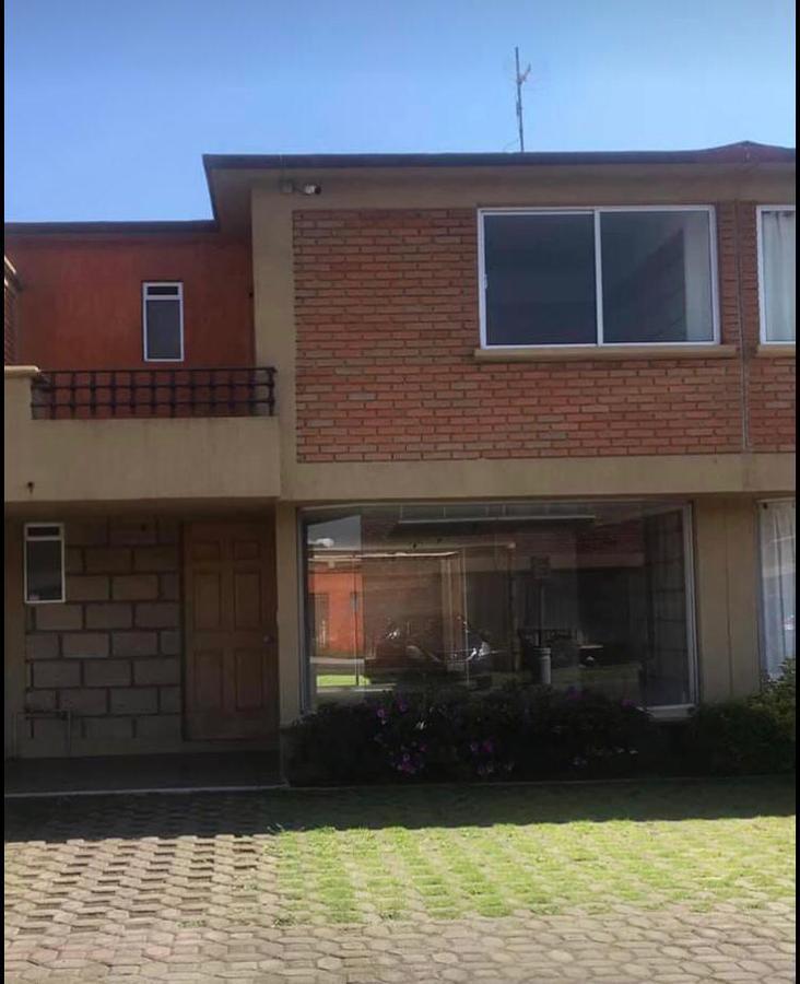 Foto Casa en condominio en Venta en  San Felipe Tlalmimilolpan,  Toluca  Hacienda Vista Hermosa