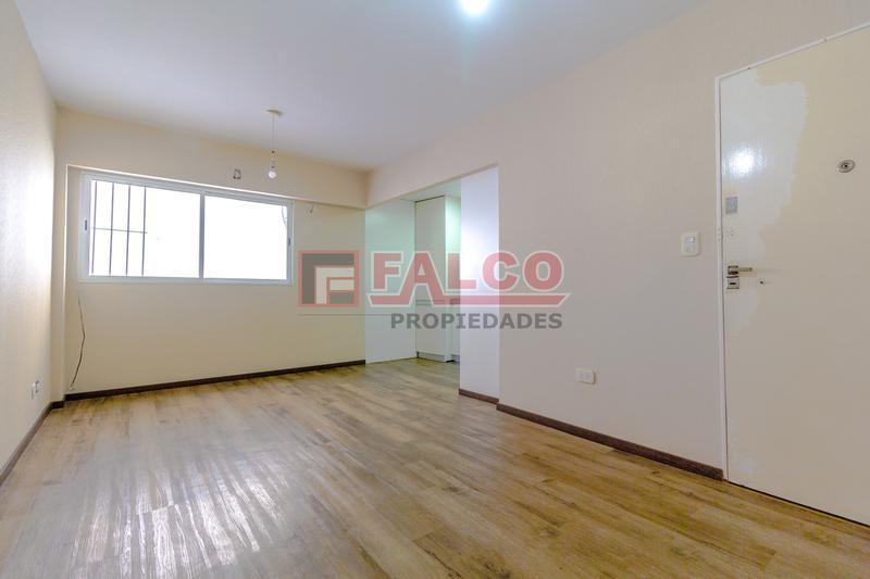 Foto Oficina en Alquiler en  Caballito ,  Capital Federal  Yerbal al 900