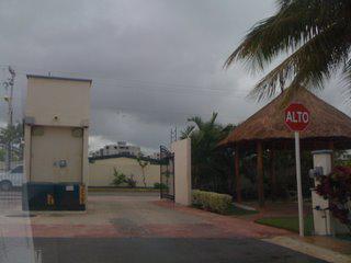 Foto Casa en condominio en Venta en  Jardines de Banampak,  Cancún  Jardines de Banampak
