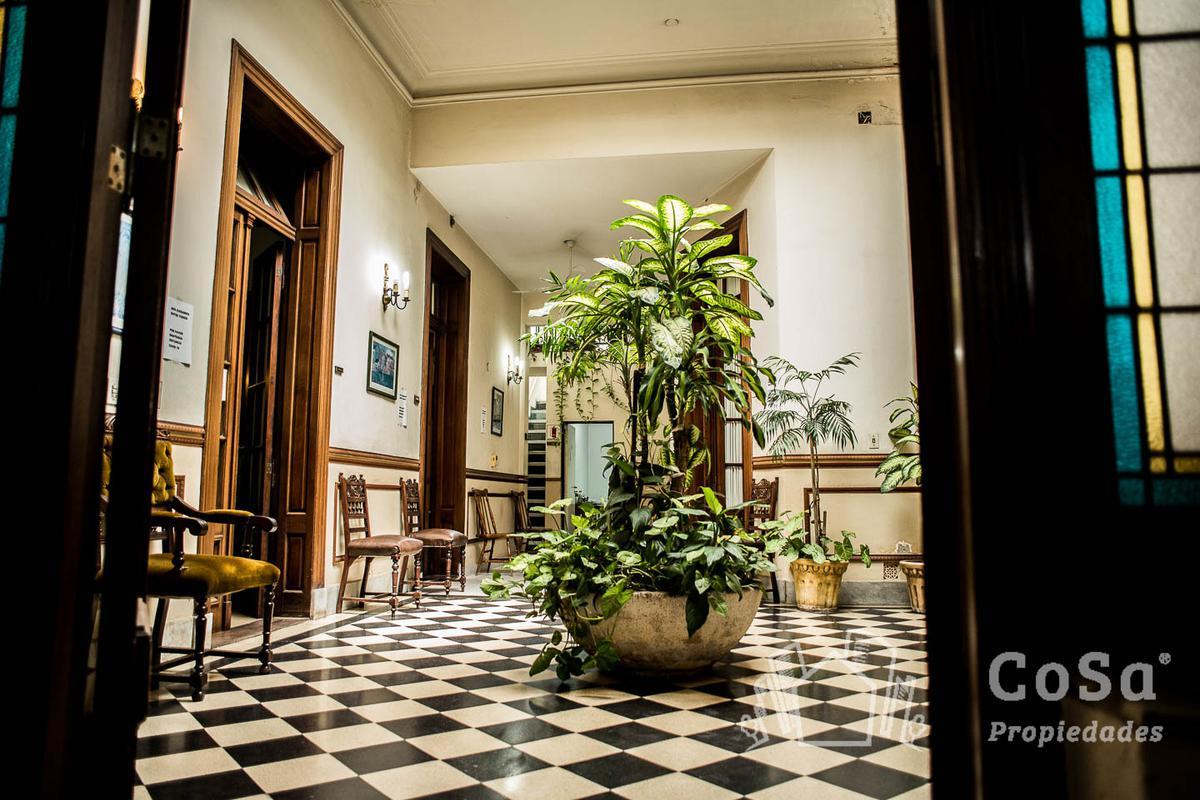 Foto Casa en Venta en  Centro,  Rosario  Laprida 1288 - Casa
