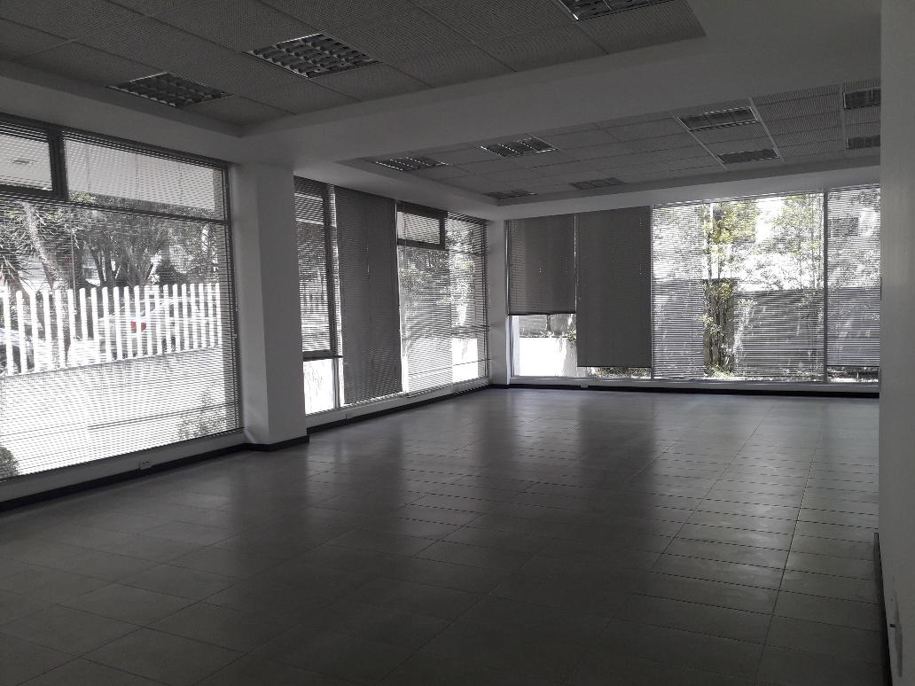Foto Oficina en Alquiler en  Cumbayá,  Quito  CUMBAYA, RENTA AMPLIA Y LINDA OFICINA, SITE CENTER