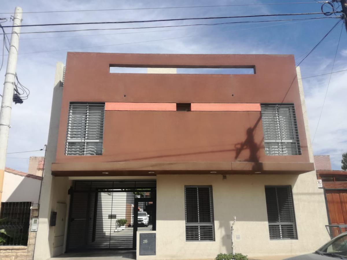 Foto Departamento en Alquiler en  Trinidad,  Capital  Sarassa pasando Tucuman - Cerca Plaza Trinidad