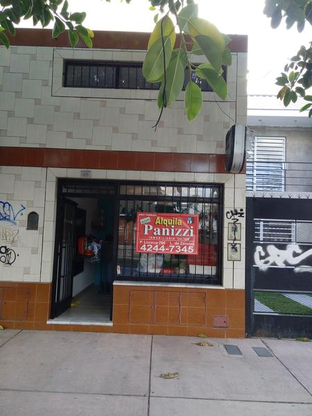 Foto Local en Venta en  Lomas De Zamora,  Lomas De Zamora  Alvear 614 lomas de zamora