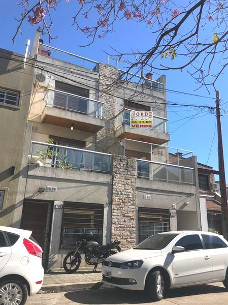 Foto PH en Venta en  Liniers ,  Capital Federal  Andorra al 7500