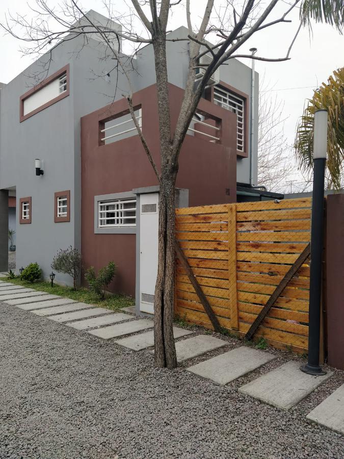 Foto Casa en Venta en  Ituzaingó,  Ituzaingó  Colonia 1200 entre Artigas y Chilavert
