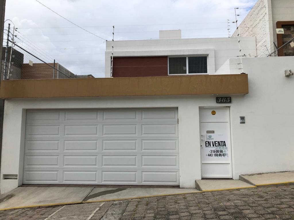 Foto Casa en Venta |  en  Fraccionamiento Lomas Del Sur,  Morelia  Excelente oportunidad de casa en venta. Fraccionamiento Lomas del Sur, Morelia