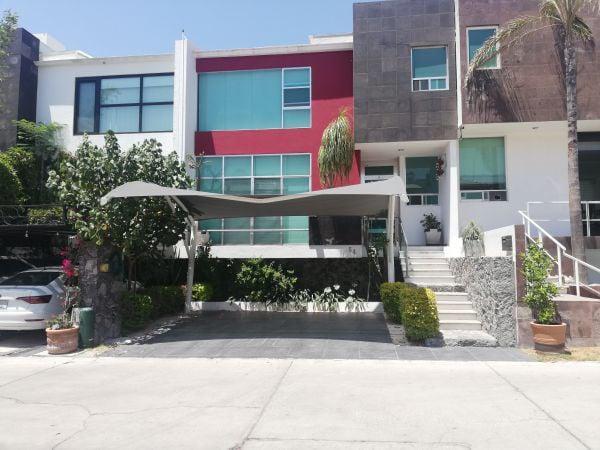 Foto Casa en Venta en  Milenio,  Querétaro  Venta de Casa en Milenio III