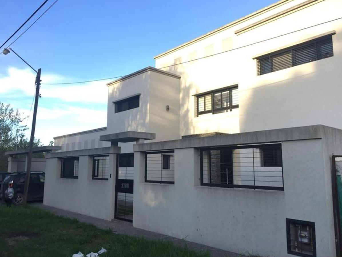Foto Casa en Venta en  Villa Elisa,  La Plata  420 e/ 28 bis y 29
