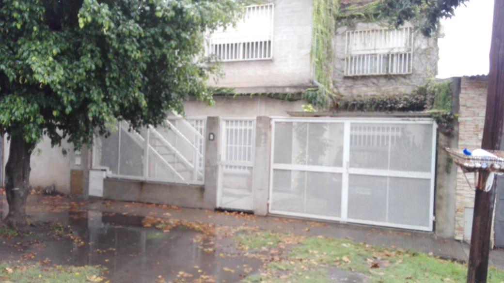 Foto Casa en Alquiler en  Rosario ,  Santa Fe  SAN LORENZO al 5400