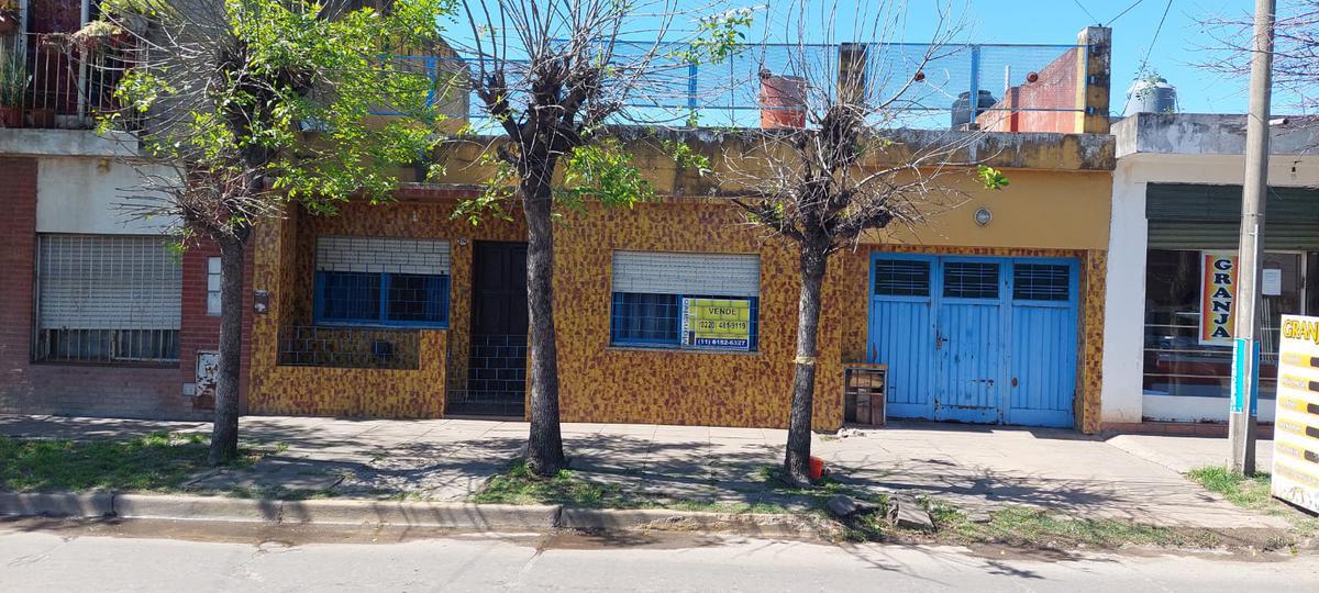 Foto Casa en Venta en  Parque San Martin,  Merlo  25 de mayo entre Paso de Los Patos y Lagomarsino