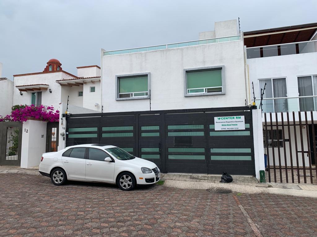 Foto Casa en Venta en  Milenio,  Querétaro  CASA EN VENTA FRACC. MILENIO lll QRO. MEX.  CON ROOF GARDEN