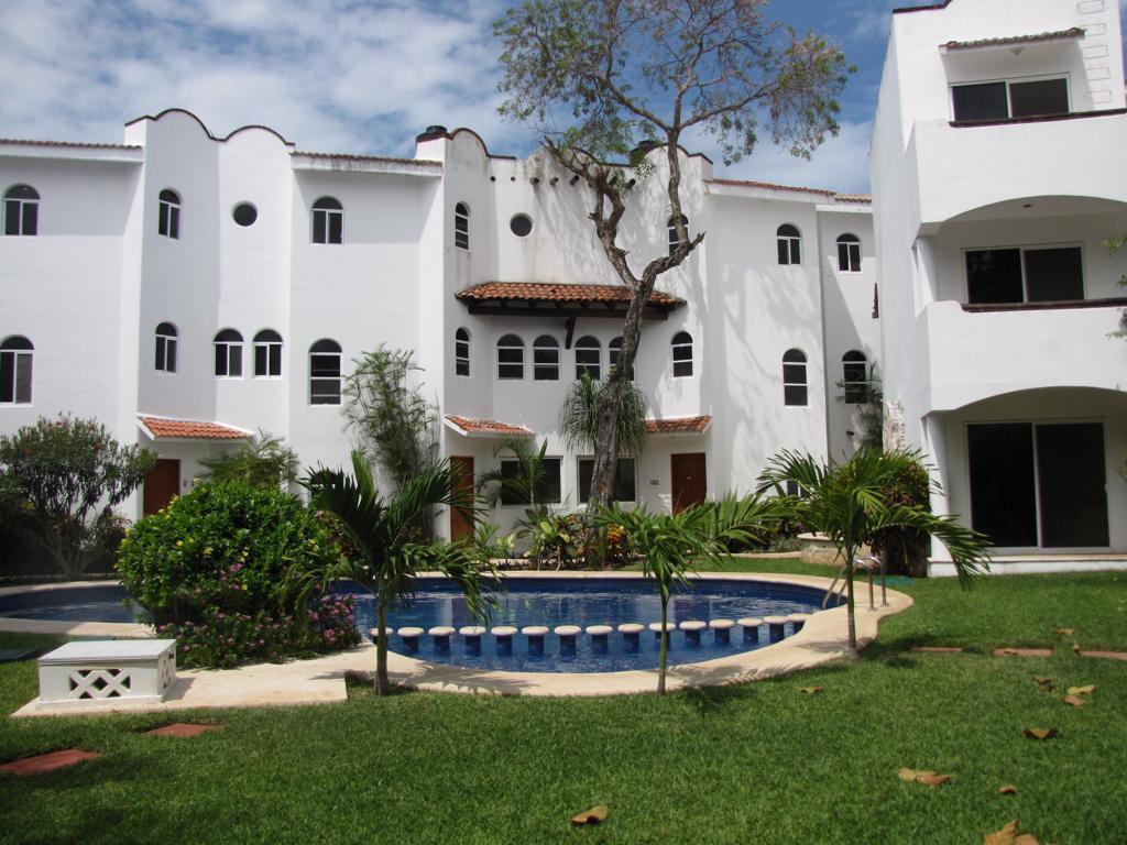 Foto Casa en Venta en  Solidaridad,  Playa del Carmen  Playacar