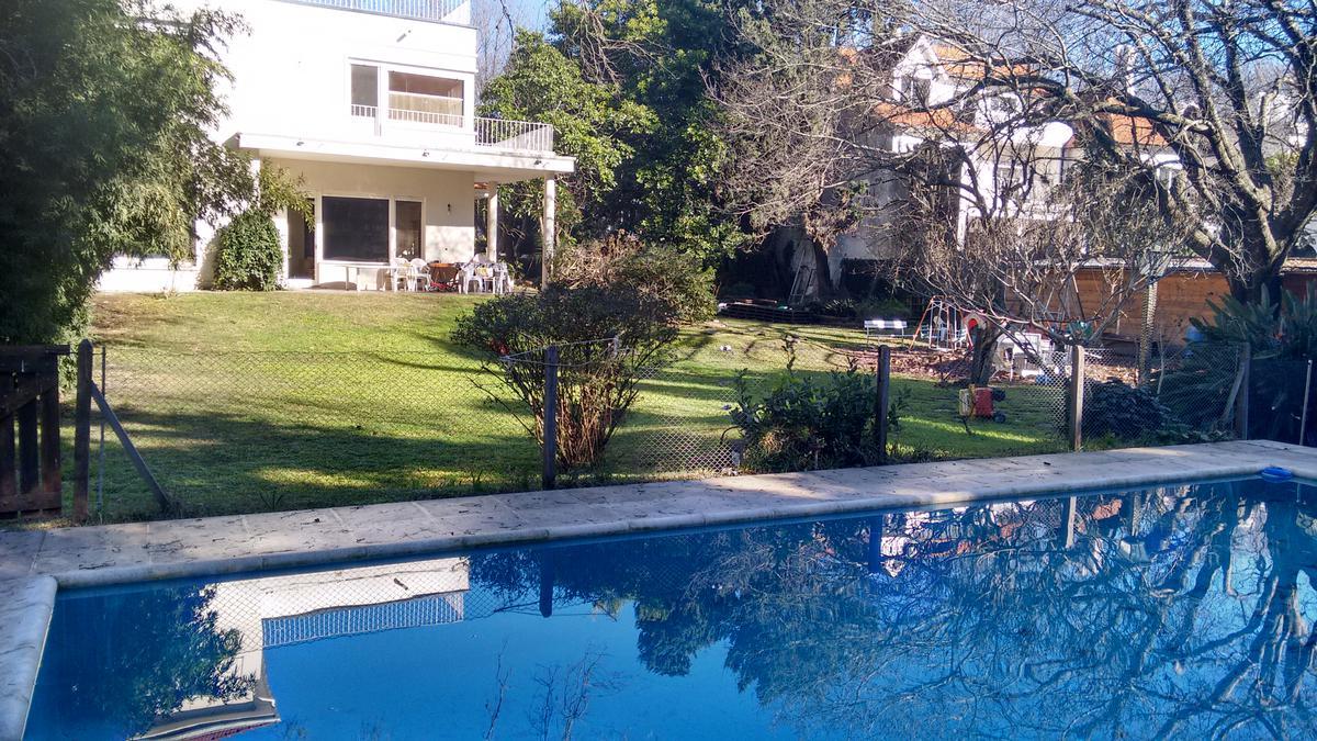 Foto Casa en Venta en  V.Lopez-Vias/Maipu,  Vicente Lopez  Gaspar Campos al 1000