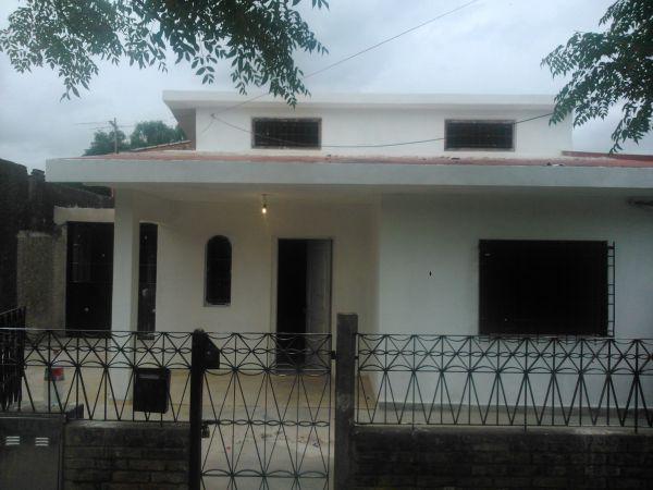 Foto Casa en Venta en  Ezeiza ,  G.B.A. Zona Sur  COLOMBIA AL 1200