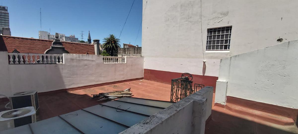 Foto Casa en Venta | Alquiler en  P.Rivadavia,  Caballito  Pje. F. Balcarce 66