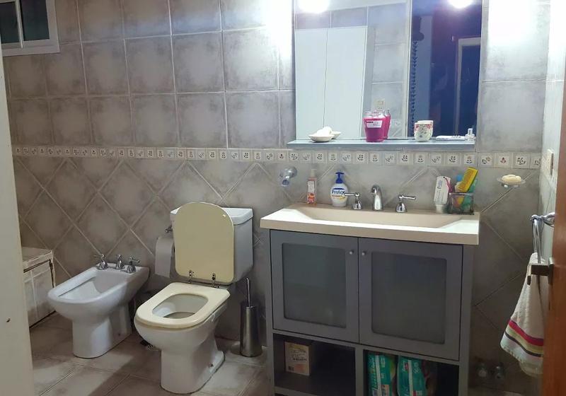 Foto Casa en Venta en  Villa Gobernador Udaondo,  Ituzaingo  Santos Vega al 800