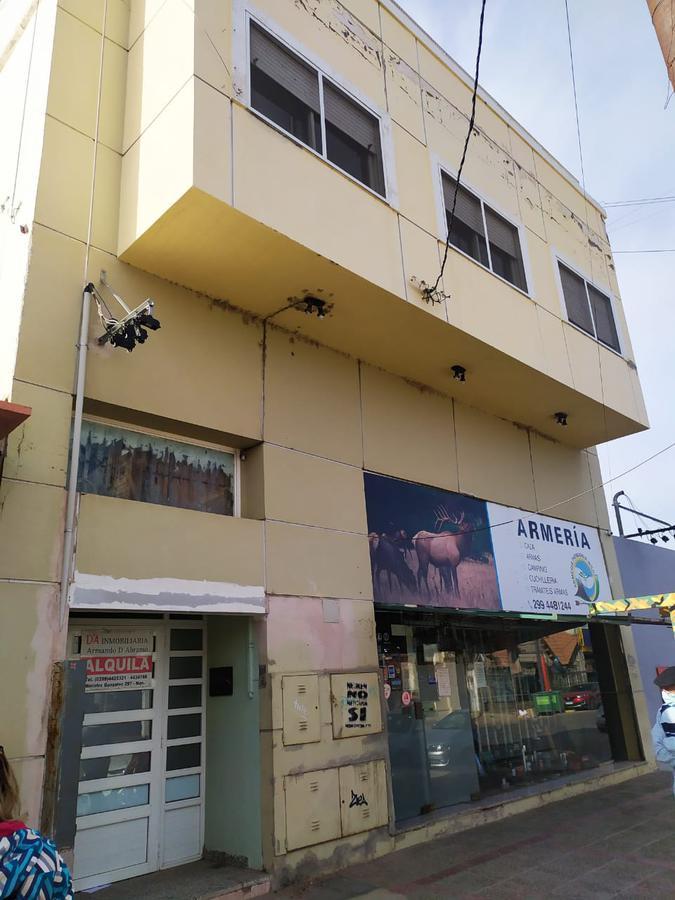 Foto Departamento en Alquiler en  Capital ,  Neuquen  Lainez y Alcorta