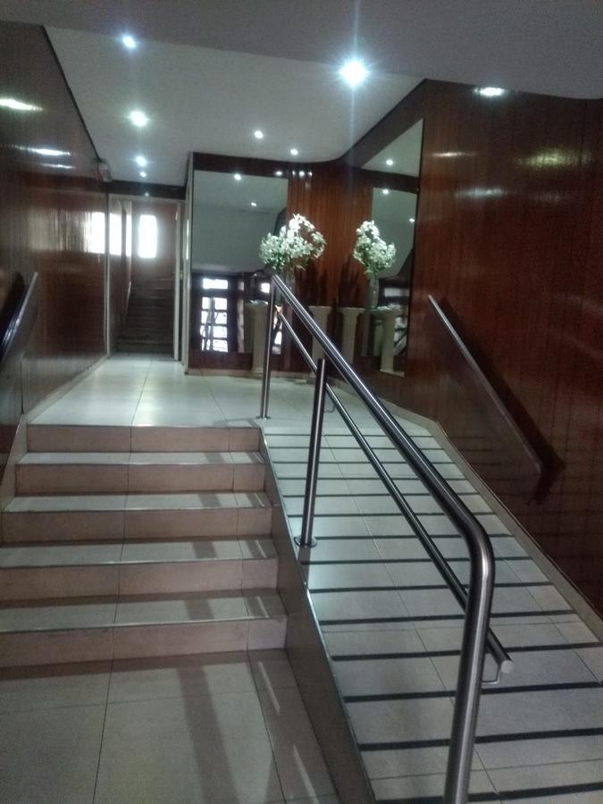 Foto Departamento en Alquiler en  Avellaneda ,  G.B.A. Zona Sur  sarmiento 84